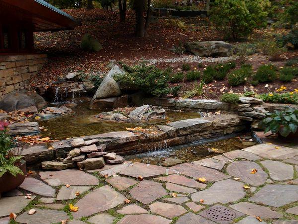 Kentuck Knob house pond