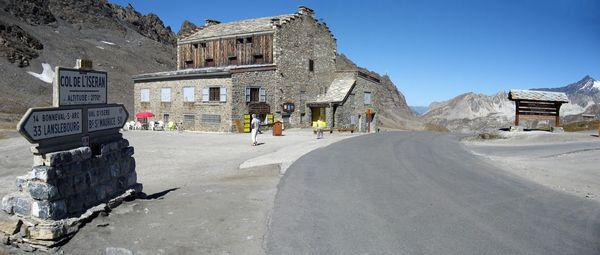 Col de l'Iséran summit sign