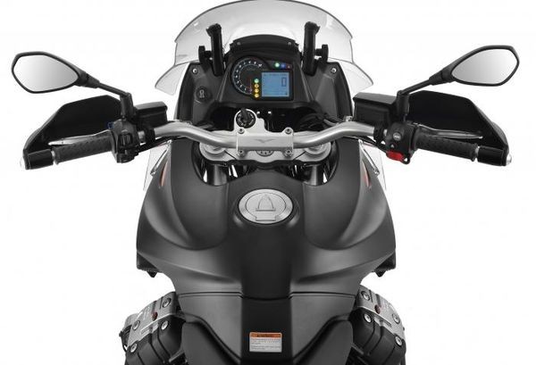 Moto Guzzi Stelvio 1200 NTX ABS view from bike