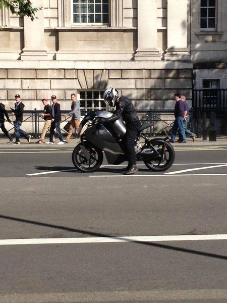 Unknown motorcycle spotted in London - anyone got any ideas?